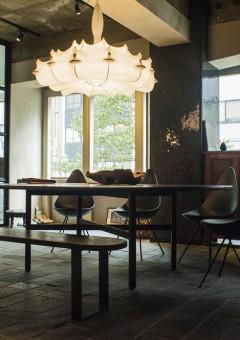 アシタノシカク/楕円テーブル/ベンチ